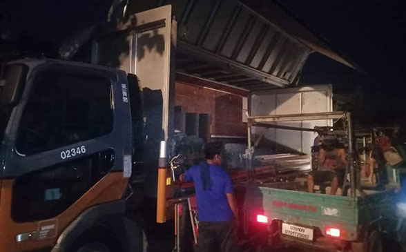 AD and R Trucking Services: Lipat Bahay Services